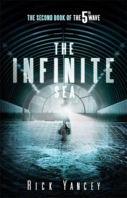 Book Review – Infinite Sea (The 5th Wave #2)